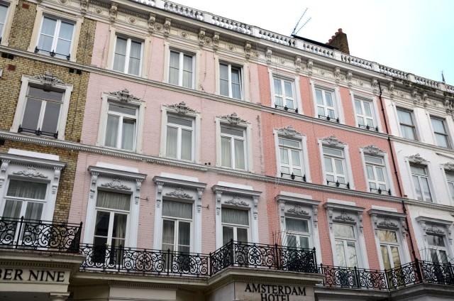 Murs roses à Londres