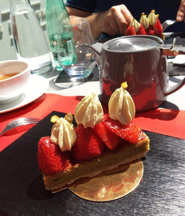 Gâteaufraise et pistache chez Thé Où